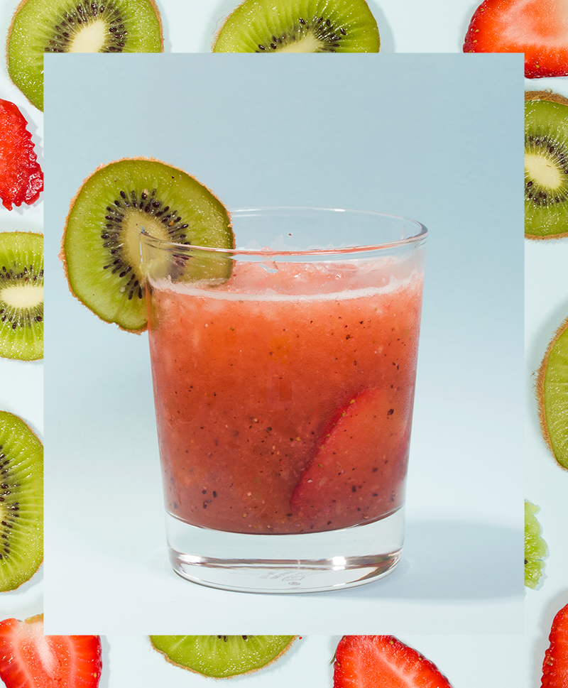 Strawberry Kiwi Agua Fresca // Wit & Vinegar