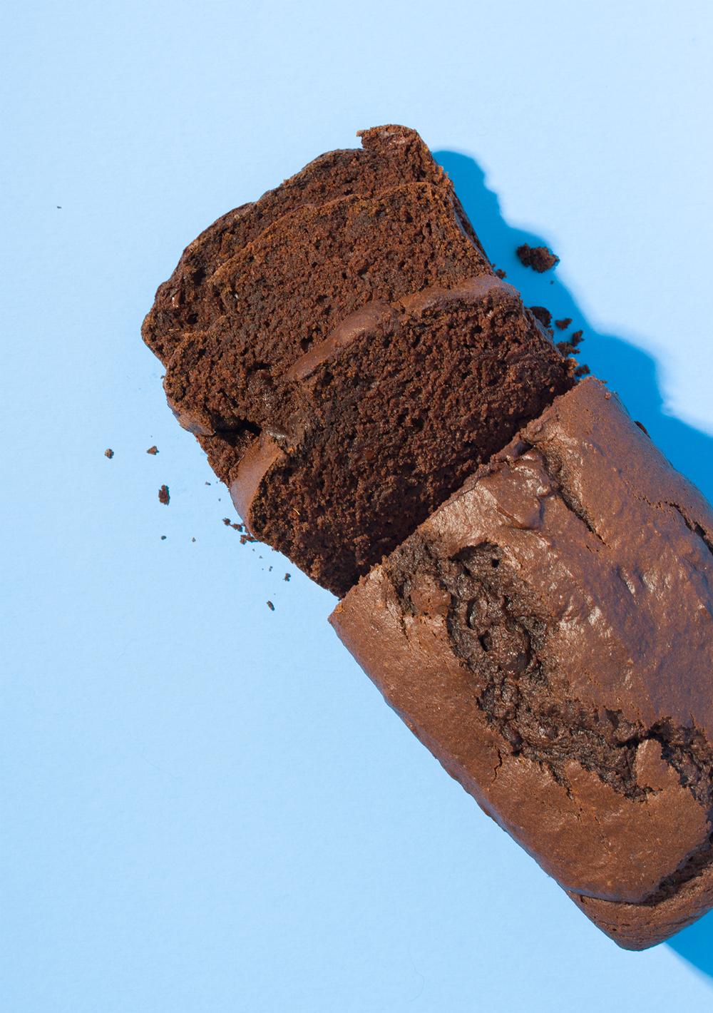 Spiced Chocolate Pumpkin Bread // Wit & Vinegar