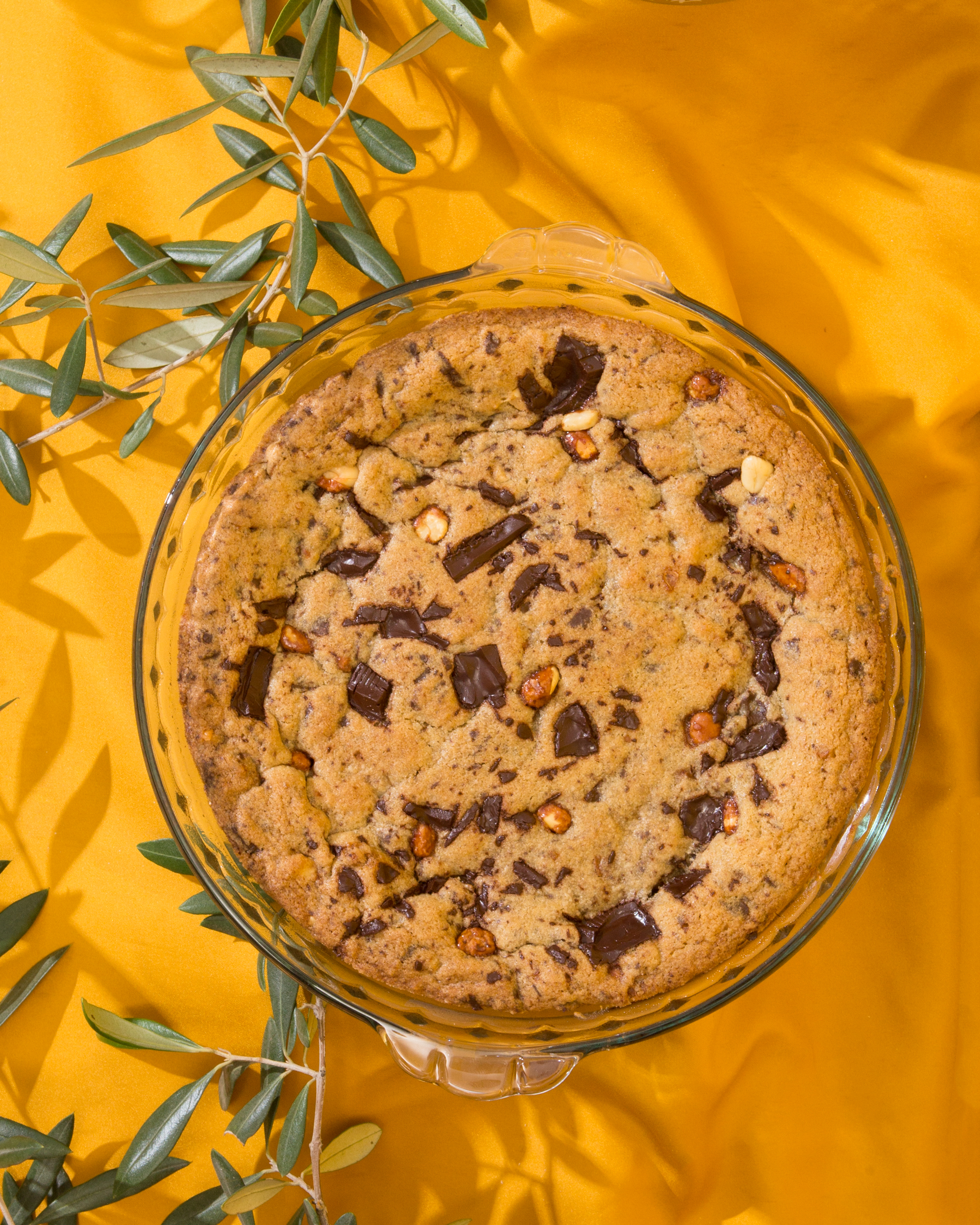 Deep Dish Toffee Nut Chocolate Chip Cookie // Wit & Vinegar